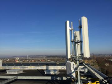 4g-fixe-antenne-nomotech-684x513-360xauto_1_1